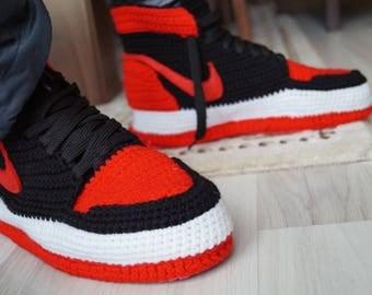 Crochet Nike Air Jordan 1 Retro Home Shoe, Michael Jordan Shoes, Nike Air Jordan, Knitted Slippers, Crochet Slippers, Jordan Jumpman Shoes