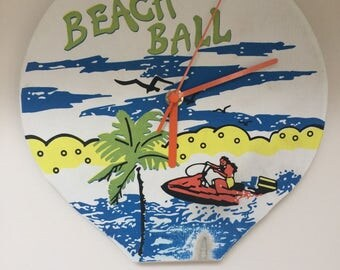 Bit Bat beach clock