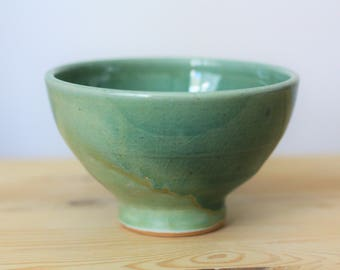 Handmade Green Pottery Bowl – Green Ceramic Bowl – Two Tone Bowl – Ceramic Noodle Bowl – Green Bowl