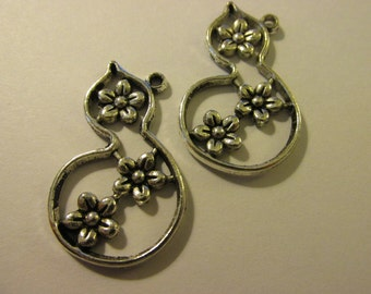 "Antique Silver Finish Gourd with Sakura Flowers Pendant-Charm, 1 1/4"", Set of 2"