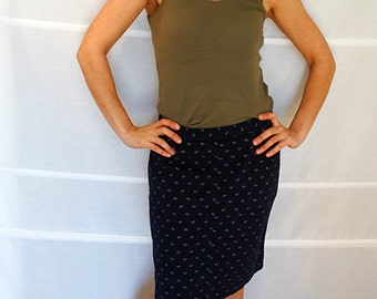 Womens pencil skirt blue cotton printed skirt short skirt with pockets Lloyds Vintage 1980s Size 44 US size 10