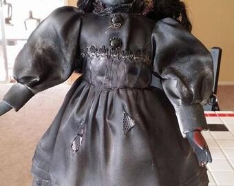 Horror Doll WEBBED DONIKA