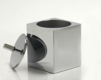 Square container box with lid
