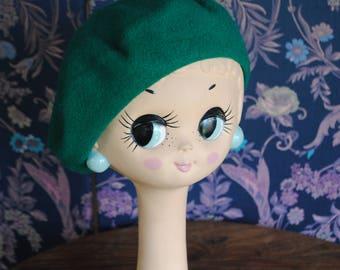 1980's Green woolen beret