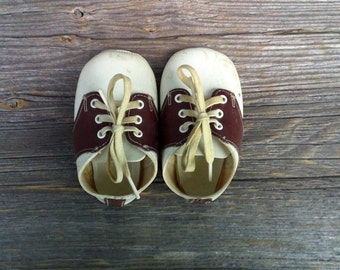 Vintage Baby Shoes, Vintage Baby Shoe, Brown and White Baby Shoes, Vintage Brown and White Baby Saddle Shoes