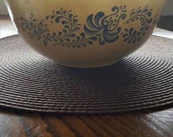 Pyrex mixing bowl, vintage bowl, shabby chic, large bowl, vintage pyrex, modern farmhouse, cottage chic, pyrex, Homestead pattern