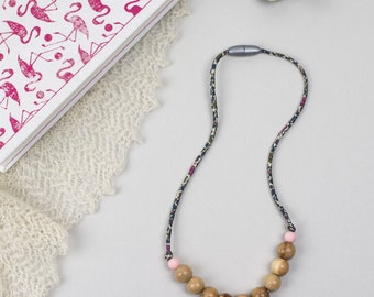 Nursing necklace/teething necklace: aromatic juniper and liberty (Emilia's flower)