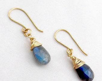 Blue flash Labradorite earrings – Briolette wire wrapped earrings – Faceted pear labradorites – Silver Gold earrings – Gemstone jewelry