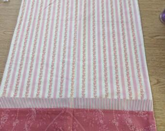 Row of Flowers Pillowcase, Set of 2