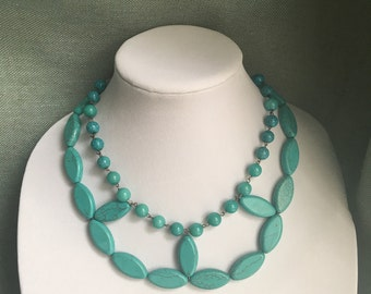 Diamond shape turquoise bead necklace