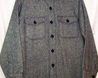 Woolrich Vintage Men's Size Medium Wool Shirt Jacket, Cool Hipster Lumberjack Style for Hunting Camping Outdoor, Blue Stripe Great Condition