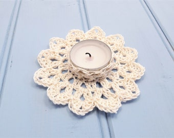 Flower tealight holder, crochet candle holder, wedding candle, table centerpiece, wedding decor, gift for her