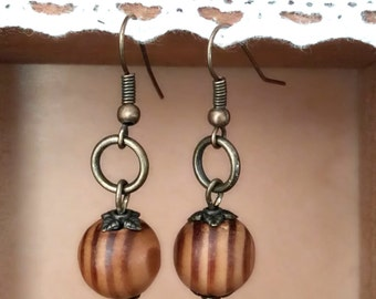 Wooden pearl earrings