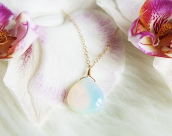 Moonstone Necklace, Mermaid Necklace, Moonstone Pendant, Opalite Necklace, Crystal Necklace, Opalite Pendant, Dainty Necklace, Gold Necklace