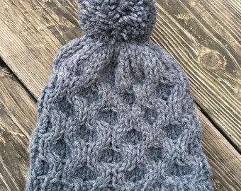 Honeycomb Beanie with Pom - Gray