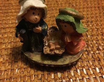 Small Nativity figurine, Joseph, Mary & Baby Jesus