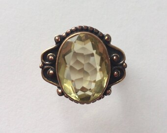 Vintage 1960's Pastel Citrine Lemon Lime Yellow Green Faceted Statement Ring Size P