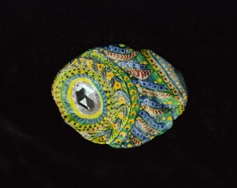 Brooch 2 (handcrafted & hand-painted)