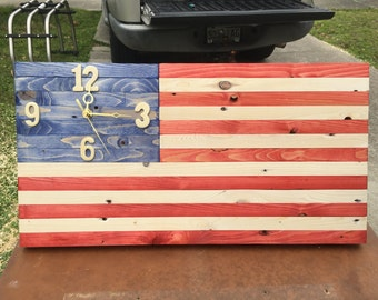 Patriotic US American Flag Clock