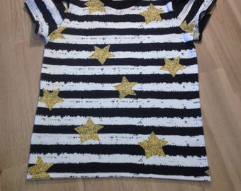 Star t-shirt with added ruffle to sleeve