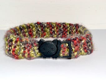 Knitted Cat Collar