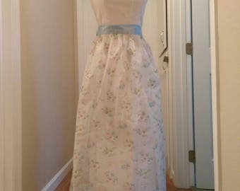 Vintage 1960s Full Length White / Floral Dress