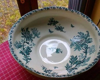 Beautiful large basin - French vintage St Amand blue hydrangea