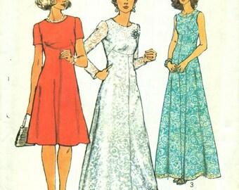 Simplicity 6094 Day or Evening Dress Front Seam Interest Size 8 Miss Petite VINTAGE UNCUT 1970s ©1973