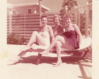 vintage photo 1957 Kodacolor Bathing Beauties Ruffle Girly Bathing Suits Sit