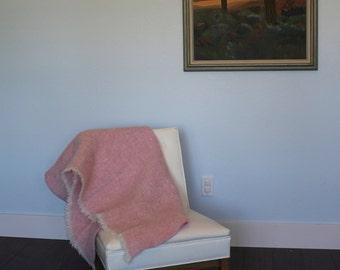 Vintage D'MEDICI pink wool throw blanket - afghan, nursery, Italian, Italy, baby, stadium, picnic, lap, worsted wool, fringe