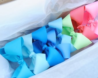 Large Bows - Back to School - Twisted Boutique Bow - 10 Custom Bows - 4 Inch - Twisted Boutique Hairbow Set - You Choose Color - 10 Big Bows