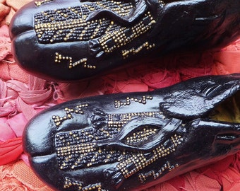 Vintage Moccasin Sculpture Black & Gold Decor Ceramic Shoe Figurines Native American Boho Decoration Objects