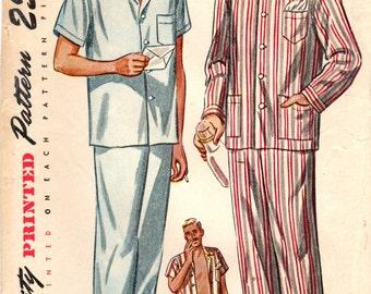 1940s Simplicity 2051 Vintage Sewing Pattern Men's Short Pajamas, Long Pajamas, Sleep Pants, Sleep Shirt, Sleepwear Size Medium