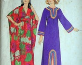 Vintage 70's Simplicity 5315 Sewing Pattern, Misses' Maxi Length Caftans, Size Small 8-10, Bust 31.5-32.5, Boho Hippie 1970's Fashion