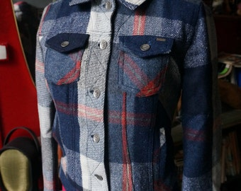 wool plaid jacket 90s does 50s blue red
