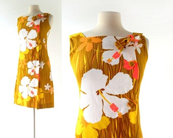 Vintage Hawaiian Dress | 1960s Sundress | 60s Floral Dress | XS