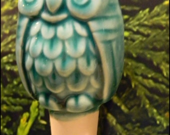 Vintage OWL  Water Tender watering stake-  ceramic    Water globe White -  Windowsill box planters, containers, terrariums