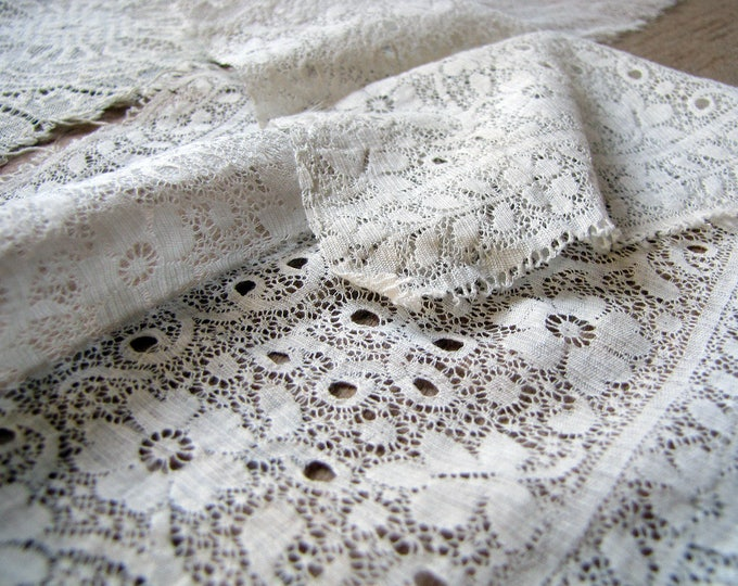 antique lace scrap - 4 pieces of vintage net lace for textile art projects - shabby white and wonderful