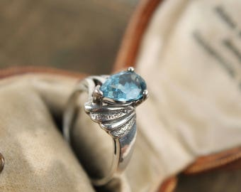 vtg sterling silver + blue topaz gemstone ring antique pear shape art deco sz 6