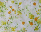 Moving Sale!  Vintage Bright Marigold and Daisy Floral Fitted Cotton Percale Full Size Bed Sheet