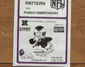 Vintage 80s pretty punch embroidery transfer pattern NFLH-25  Eagles NFL  pkg sealed nip unused