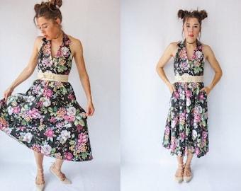Backless 80's Halter Dress / Vintage Dress with Pockets / Floral Tea Length Dress / Full Skirt Open Back Dress