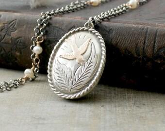 Silver Bird Locket, Sterling Silver Locket Necklace, Rose Gold Locket, 1979 English Pearl Locket, June Birthstone Locket, Push Gift For Mom