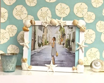 Seashell Picture Frame with Starfish - beach decor coastal style seashells sea shell sea shells shells