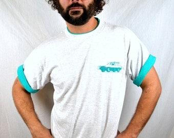 Vintage 1991 90s Jeep Cherokee Car Rolled Sleeves Tee Shirt Tshirt
