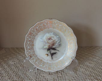 """Ivory Rose Musical Bradford Exchange Porcelain Plate. Rose Collectible Music Box Plate. """"Diana A Rose Everlasting"""" Song """"Candle In The Wind"""""""