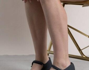 Vintage 90s Hype Block Heel Mary Janes / Women's Shoes / Heels 8