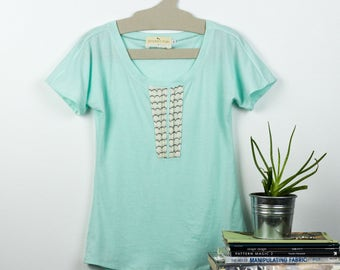 Mint Sparrow tee / Cute and comfy jersey top / Eco fashion top - Mint green t-shirt