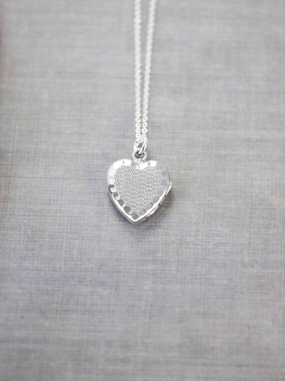 Small Sterling Silver Heart Locket Necklace, Vintage Photo Pendant - Zig Zag