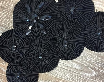Black Fabric Pleated Hand Beaded Applique for Corsage Boutonniere Fascinator Hair Clip Pin Brooch Box C ST